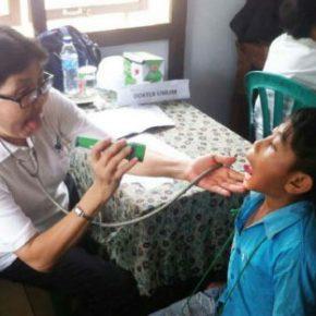 Mobile free clinics