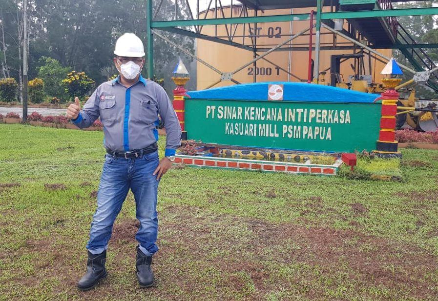 Pak Robi, Mill Manager at Kasuari Mill, Papua